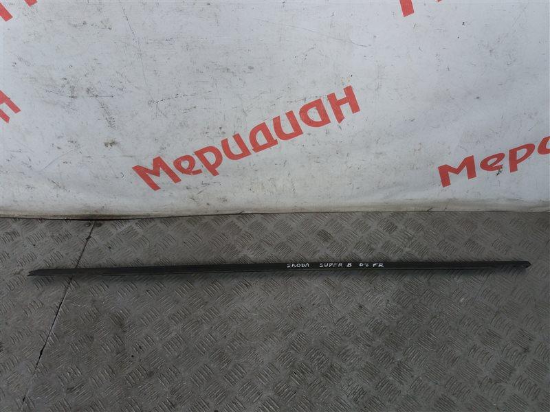 Накладка стекла переднего правого Skoda Superb 2007 (б/у)