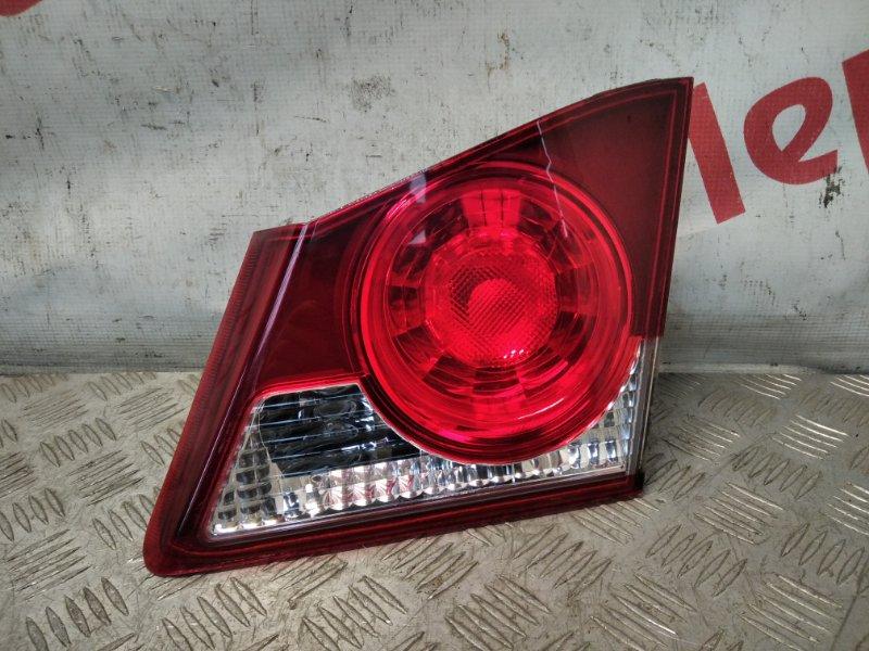 Фонарь задний внутренний правый Honda Civic 4D 2007 (б/у)