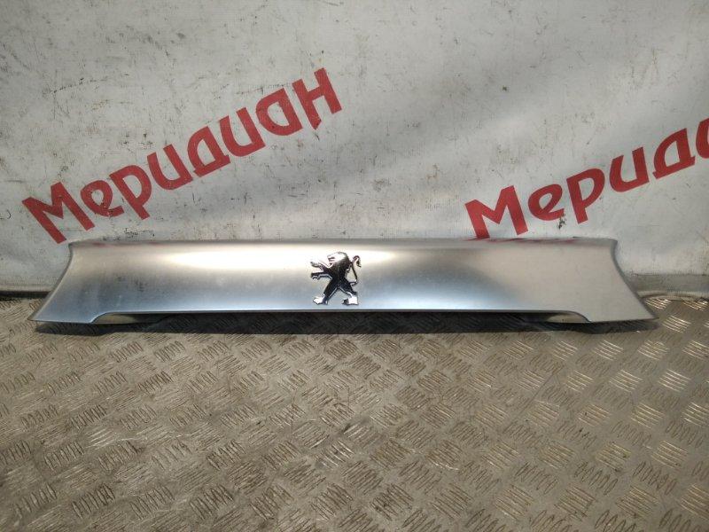 Накладка двери багажника Peugeot 4007 2011 (б/у)