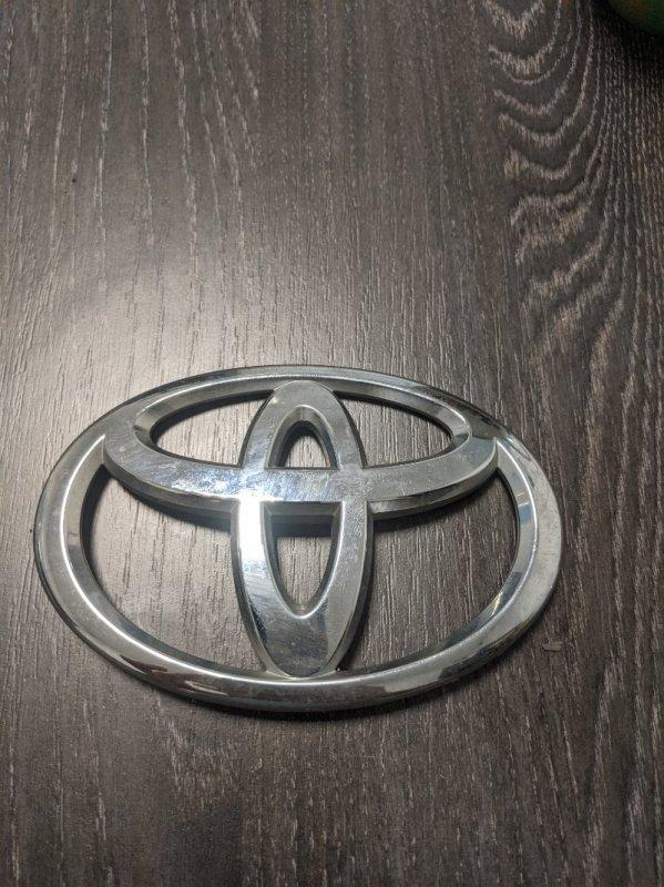 Эмблема Toyota Avensis III 1.8 2010 (б/у)