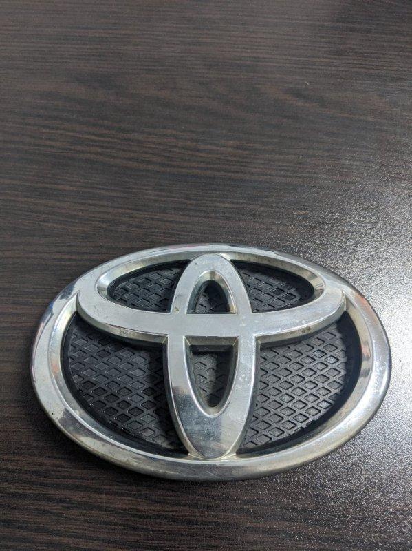 Эмблема Toyota Yaris II 1.3 2008 (б/у)