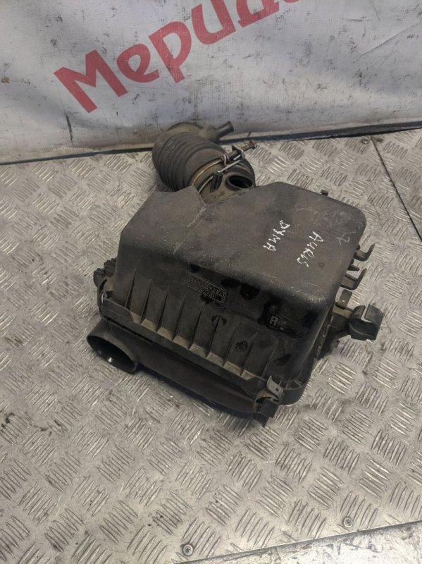 Корпус воздушного фильтра Toyota Auris I 1.4 2008 (б/у)
