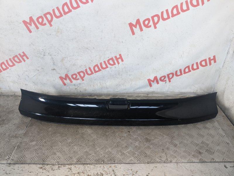 Накладка двери багажника Honda Cr-V III 2.0 2008 (б/у)
