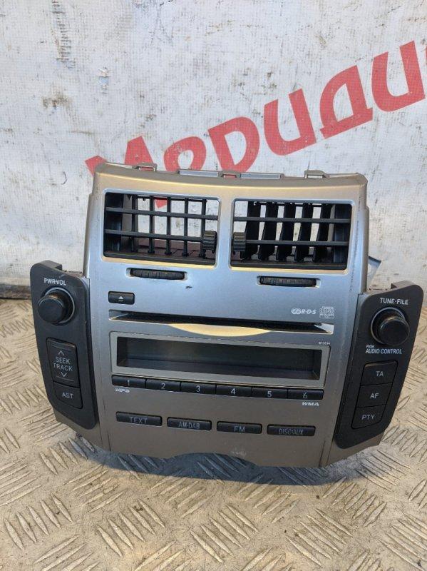 Магнитола Toyota Yaris II 2008 (б/у)
