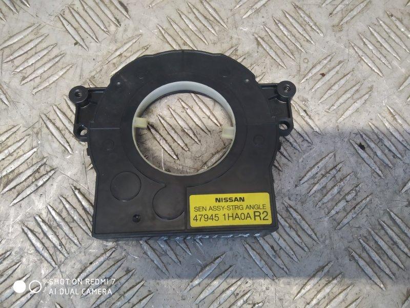 Датчик угла поворота рулевого колеса Infiniti M/q70 Y51 2011 (б/у)