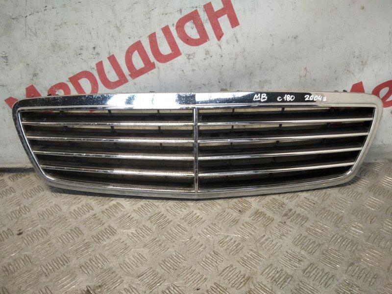 Решетка радиатора Mercedes Benz C-Class W203 2004 (б/у)