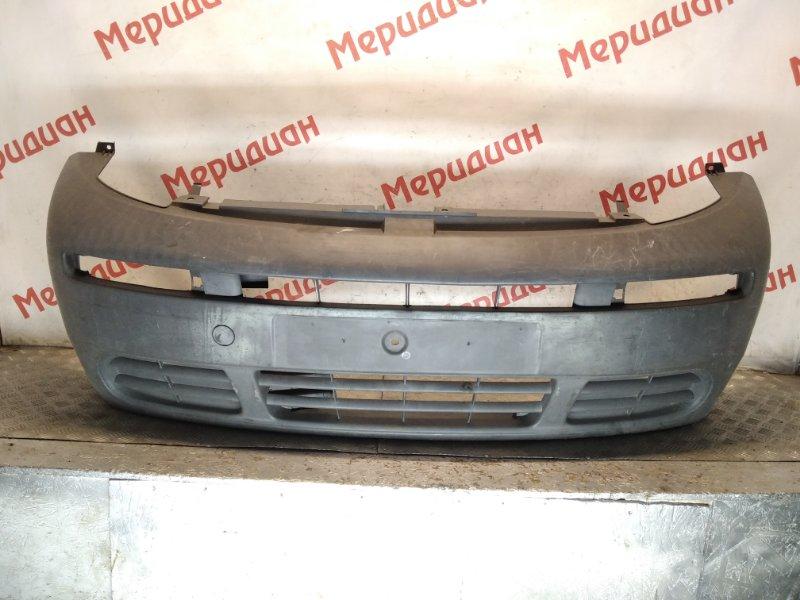 Бампер передний Opel Vivaro 2004 (б/у)