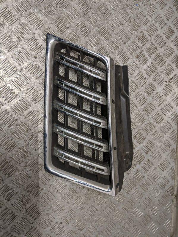 Решетка радиатора правая Mitsubishi Pajero Sport KH 2.5 2009 (б/у)