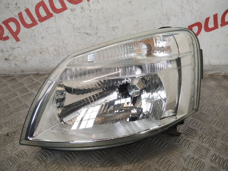 Фара левая Peugeot Partner M59 2005 (б/у)