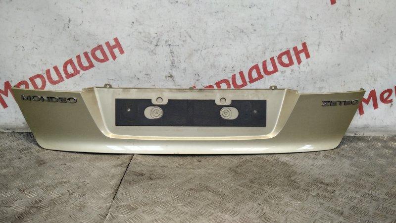 Накладка крышки багажника Ford Mondeo IV 2008 (б/у)