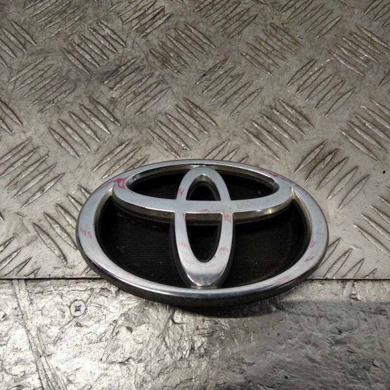 Эмблема Toyota Corolla E12 2005 (б/у)