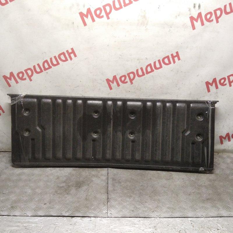 Обшивка двери багажника Ford Ranger II 2007 (б/у)