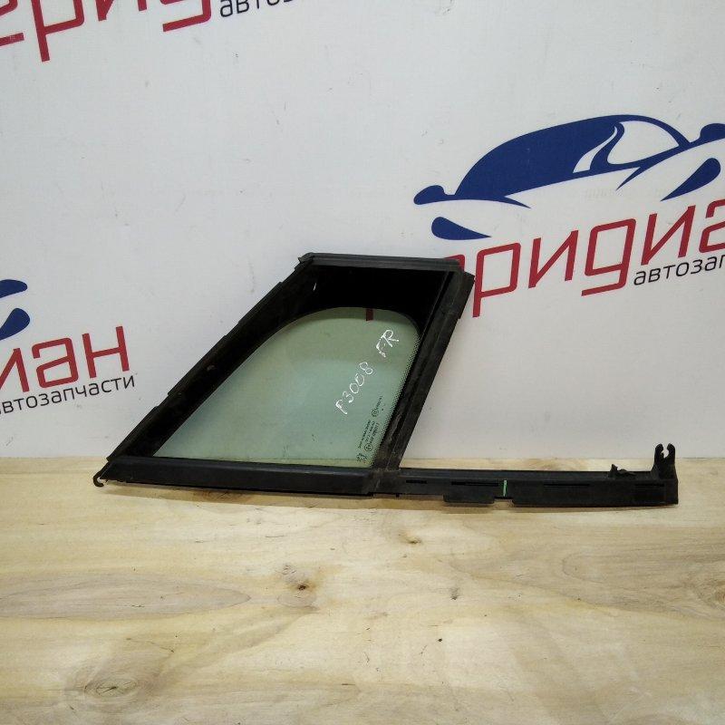 Стекло двери передней правой (форточка) Peugeot 3008 2009 (б/у)