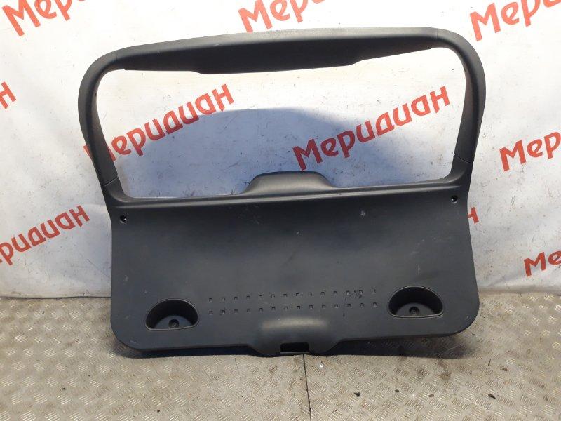 Обшивка двери багажника Renault Megane II 2008 (б/у)