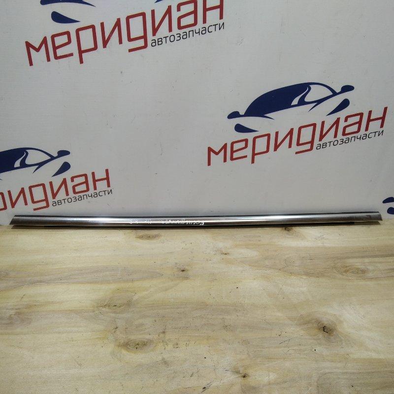 Накладка стекла заднего правого Ford Focus III 2011 (б/у)