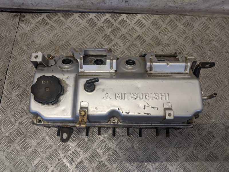 Головка блока цилиндров Mitsubishi Lancer CS 2006 (б/у)