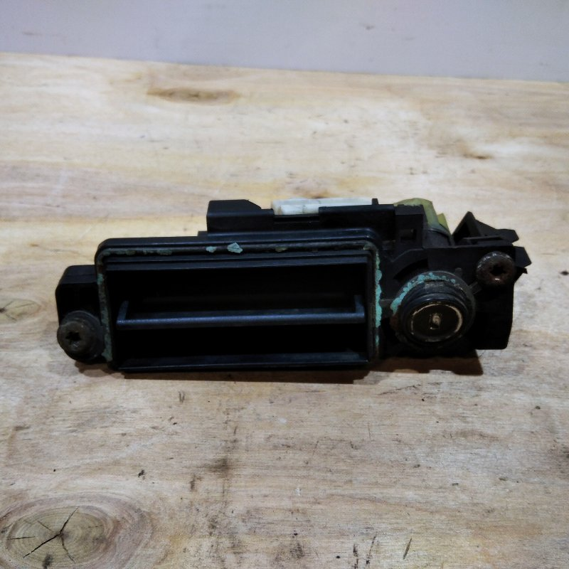 Ручка открывания багажника Mercedes Benz Clk C209 2003 (б/у)