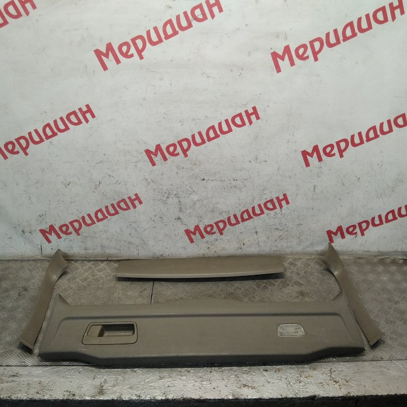 Обшивка двери багажника Volvo Xc90 2005 (б/у)