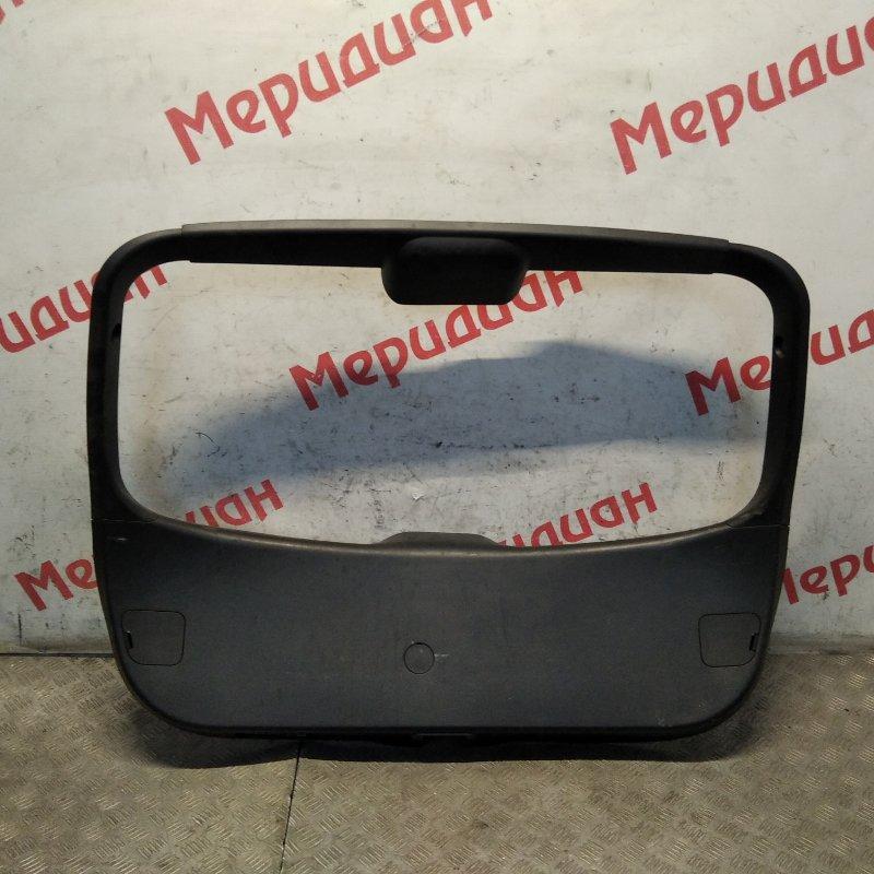 Обшивка двери багажника Mazda 3 BK 2007 (б/у)