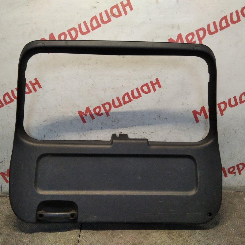 Обшивка двери багажника Kia Sportage II 2005 (б/у)