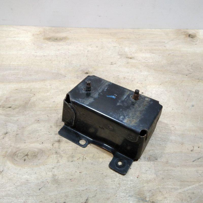 Кронштейн усилителя заднего бампера левый Nissan Tiida C11 2009 (б/у)