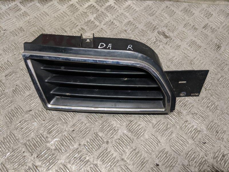 Решетка радиатора правая Mitsubishi Carisma DA 1.6 2003 (б/у)