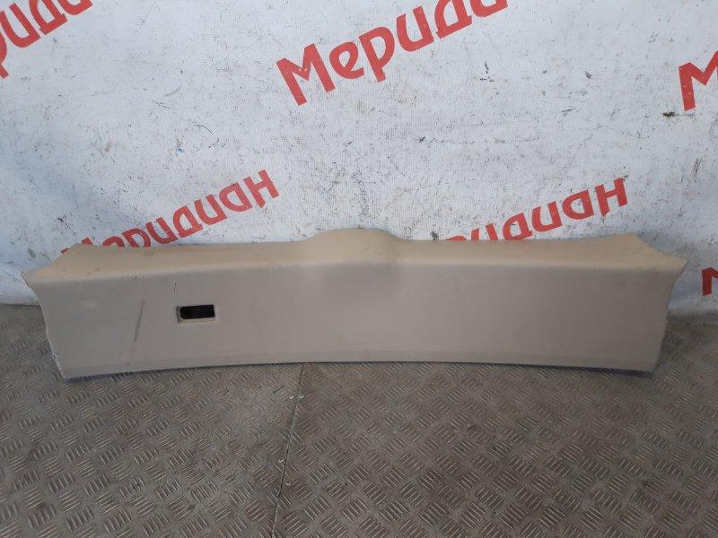 Обшивка двери багажника Lexus Rx XU30 2007 (б/у)