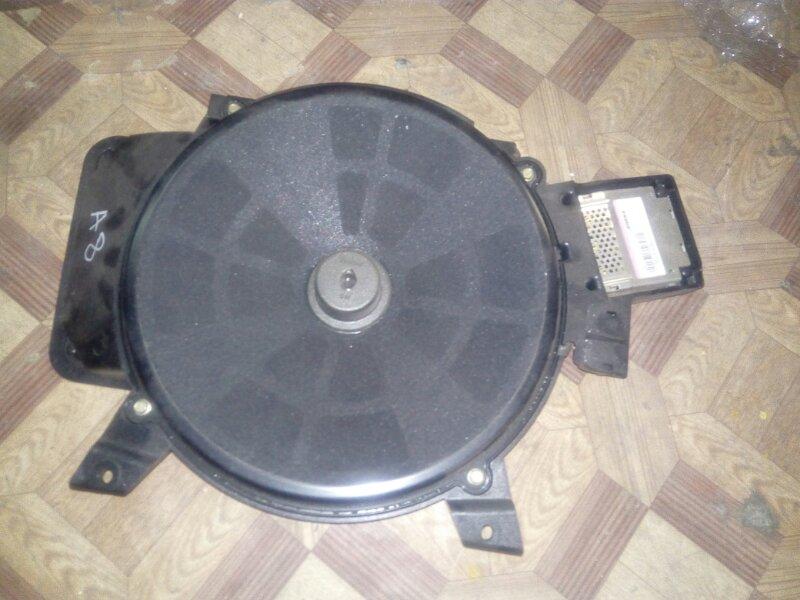 Усилитель акустической системы Audi A8 4E2 (б/у)