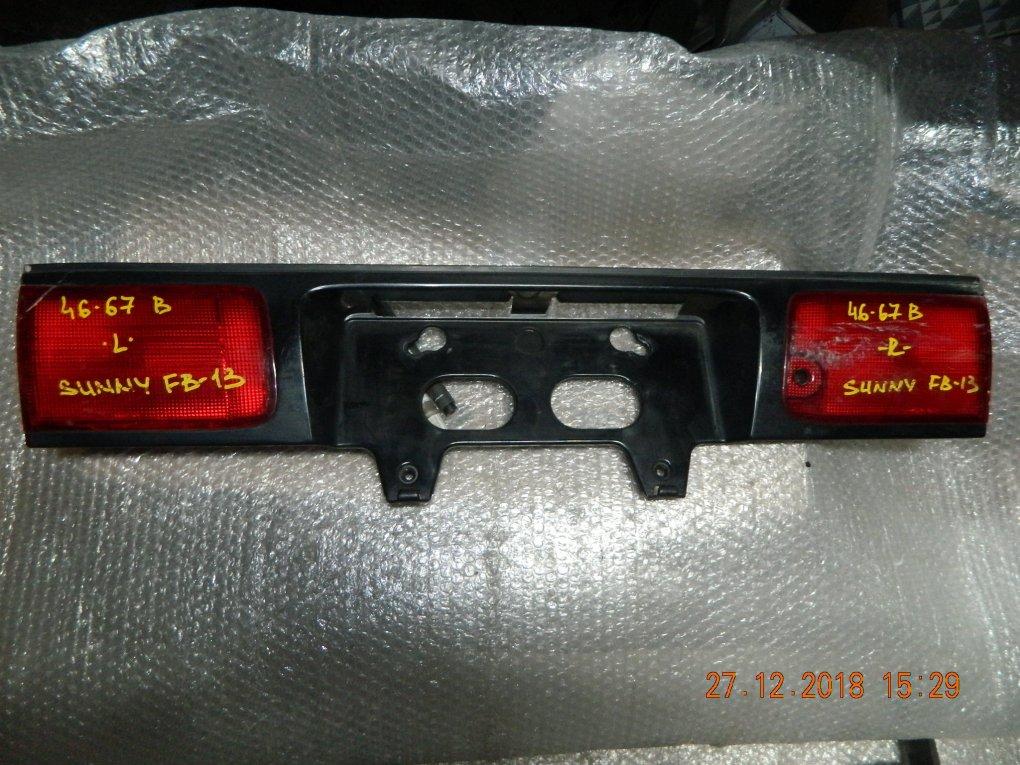 Фальшпанель (вставка в багажник) Nissan Sunny FB13 задний (б/у)