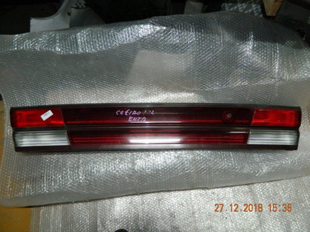 Фальшпанель (вставка в багажник) Nissan Cefiro A32 задний (б/у)