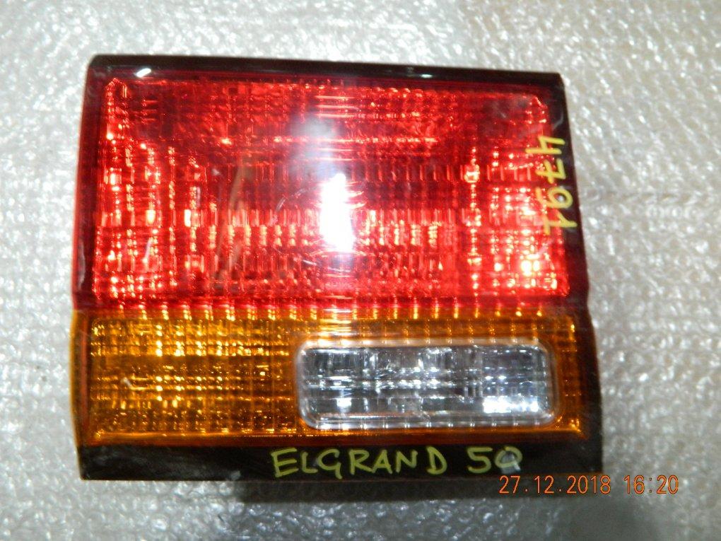Фонарь NISSAN ELGRAND 50 №47-91 L крышка багажника