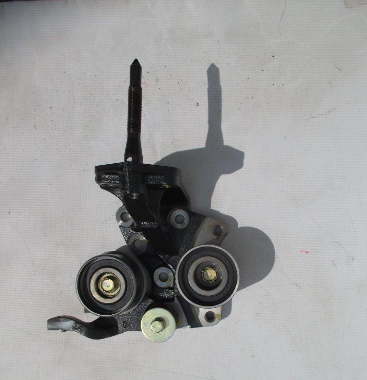 Опора двигателя передняя HYUNDAI 2161038218