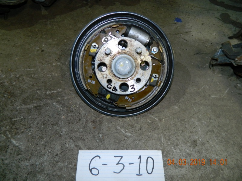 Ступица Honda Freed GB3 задняя левая (б/у)