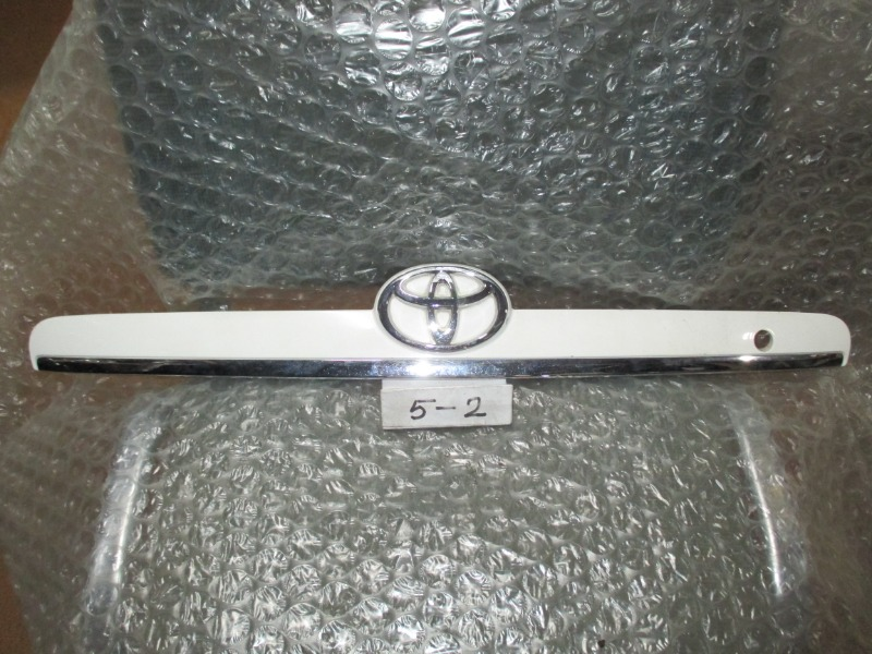 Планка багажника Toyota Corolla NZ120 (б/у)