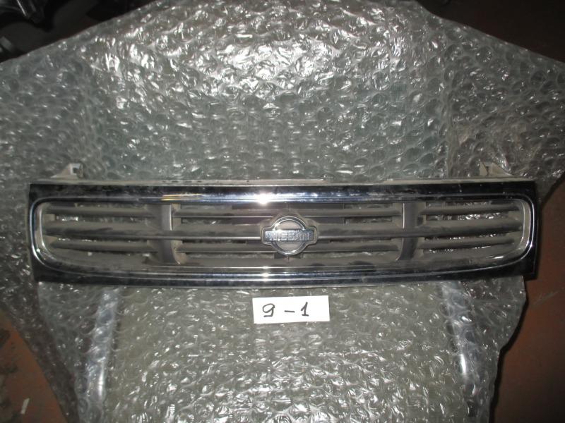 Решетка радиатора Nissan Prairie (б/у)