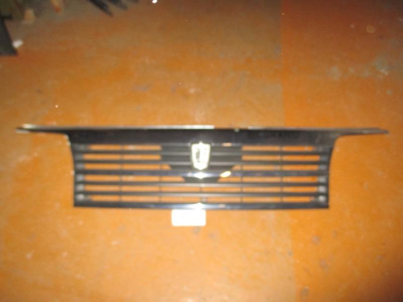 Решетка радиатора Nissan Elgrand ALE50 (б/у)