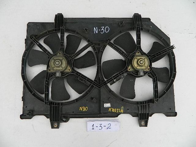 Диффузор радиатора Nissan Rnessa N30 (б/у)