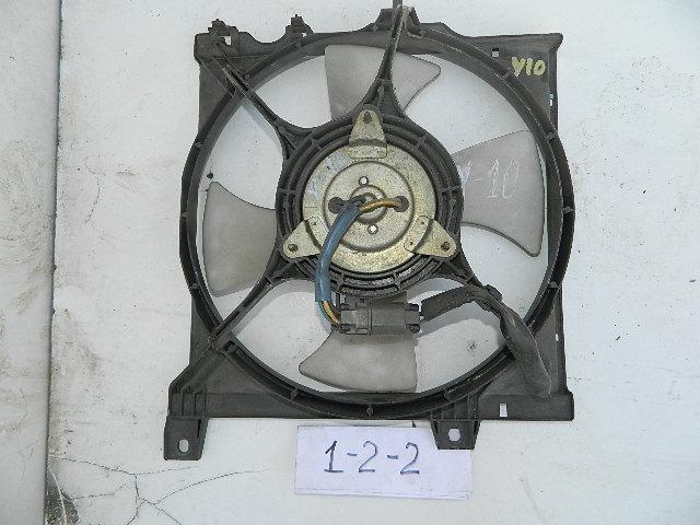 Диффузор радиатора Nissan Tino V10 (б/у)