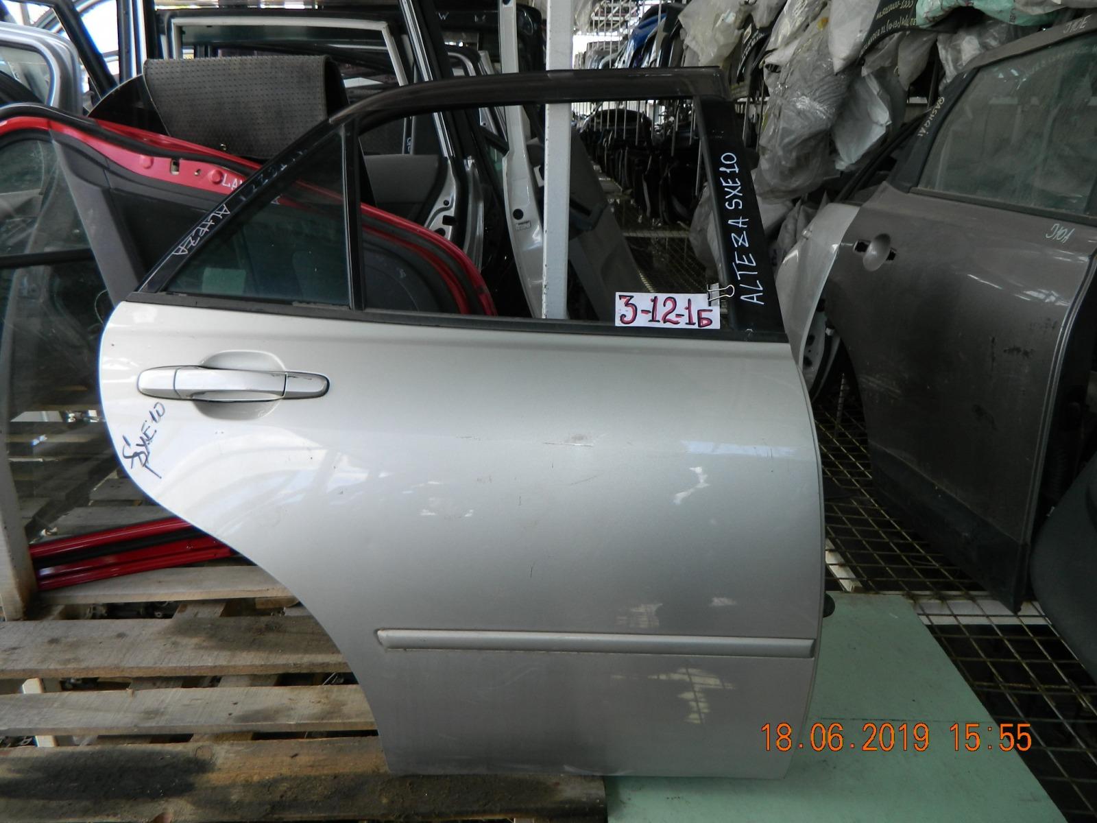 Дверь Toyota Altezza GXE10 задняя правая (б/у)