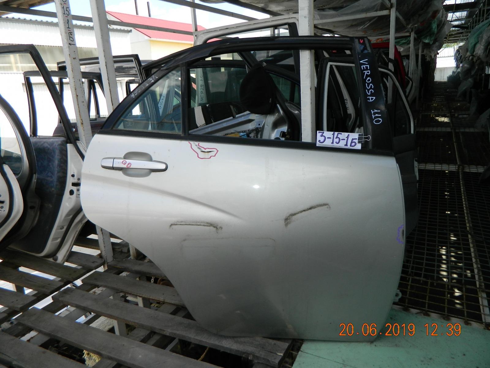 Дверь Toyota Verossa GX110 задняя правая (б/у)