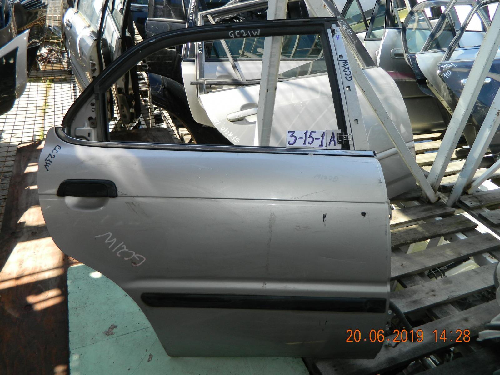 Дверь Suzuki Cultus GC21W задняя правая (б/у)