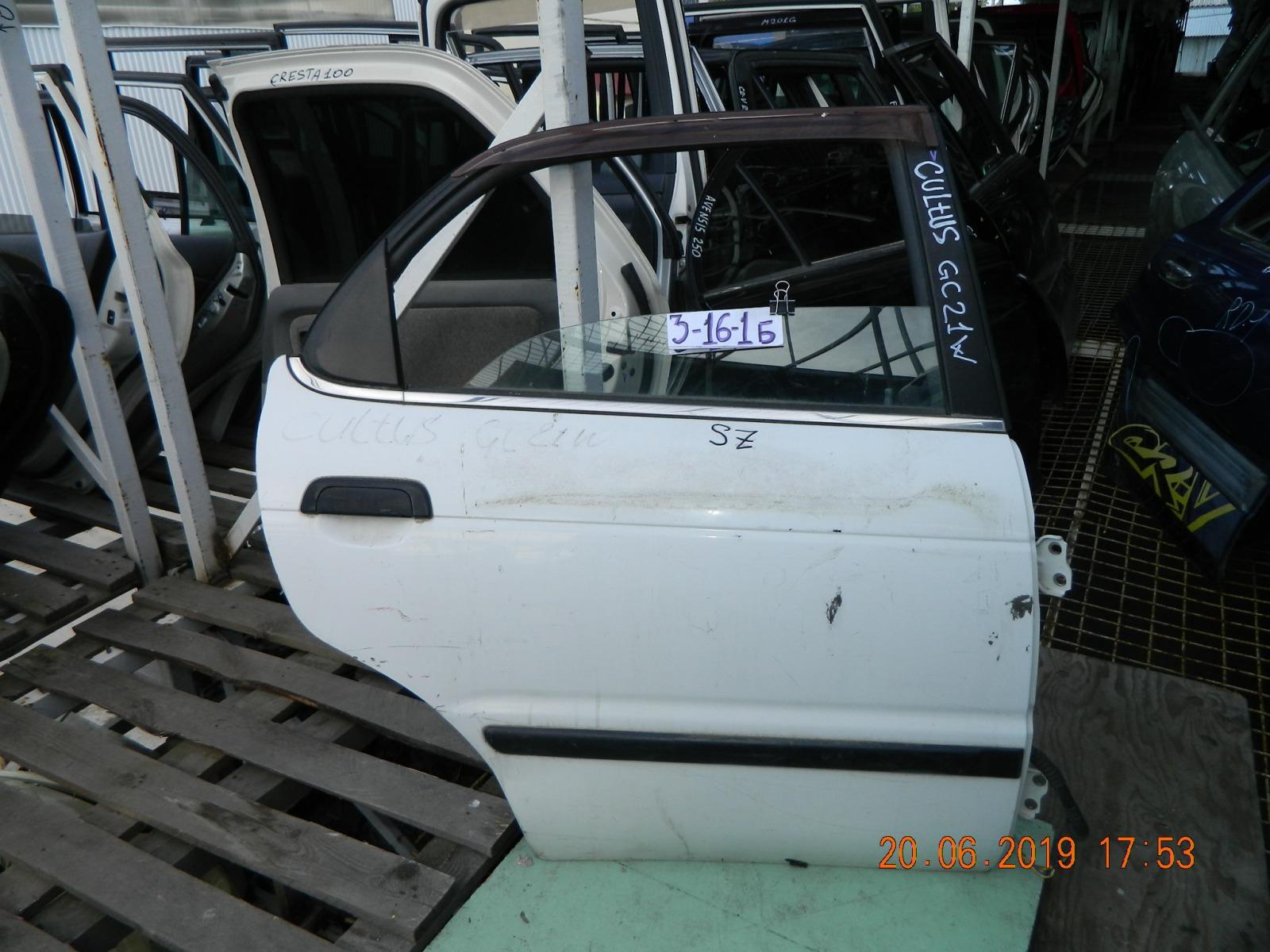 Дверь Suzuki Cultus GC21S задняя правая (б/у)