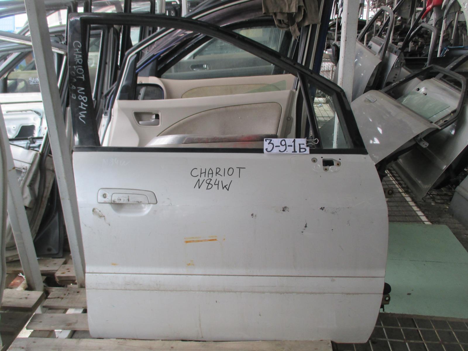 Дверь Mitsubishi Chariot Grandis N84W передняя правая (б/у)