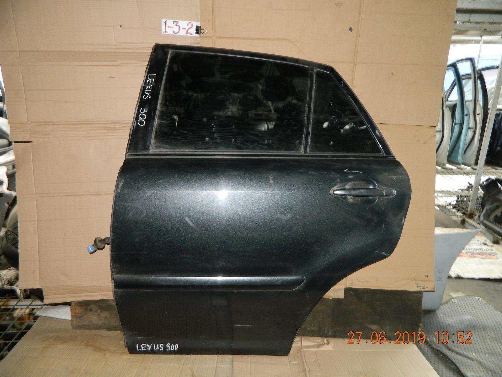 Дверь Lexus Rx330 задняя левая (б/у)