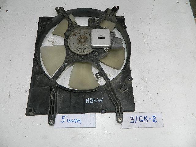 Диффузор радиатора Mitsubishi Chariot N84W (б/у)
