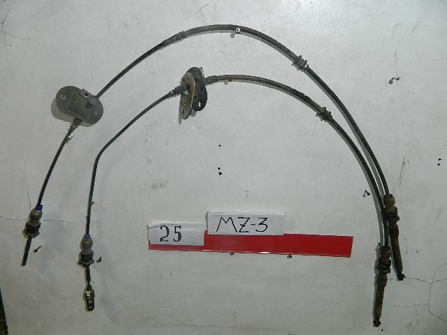 Тросик автомата Mazda 3 (б/у)