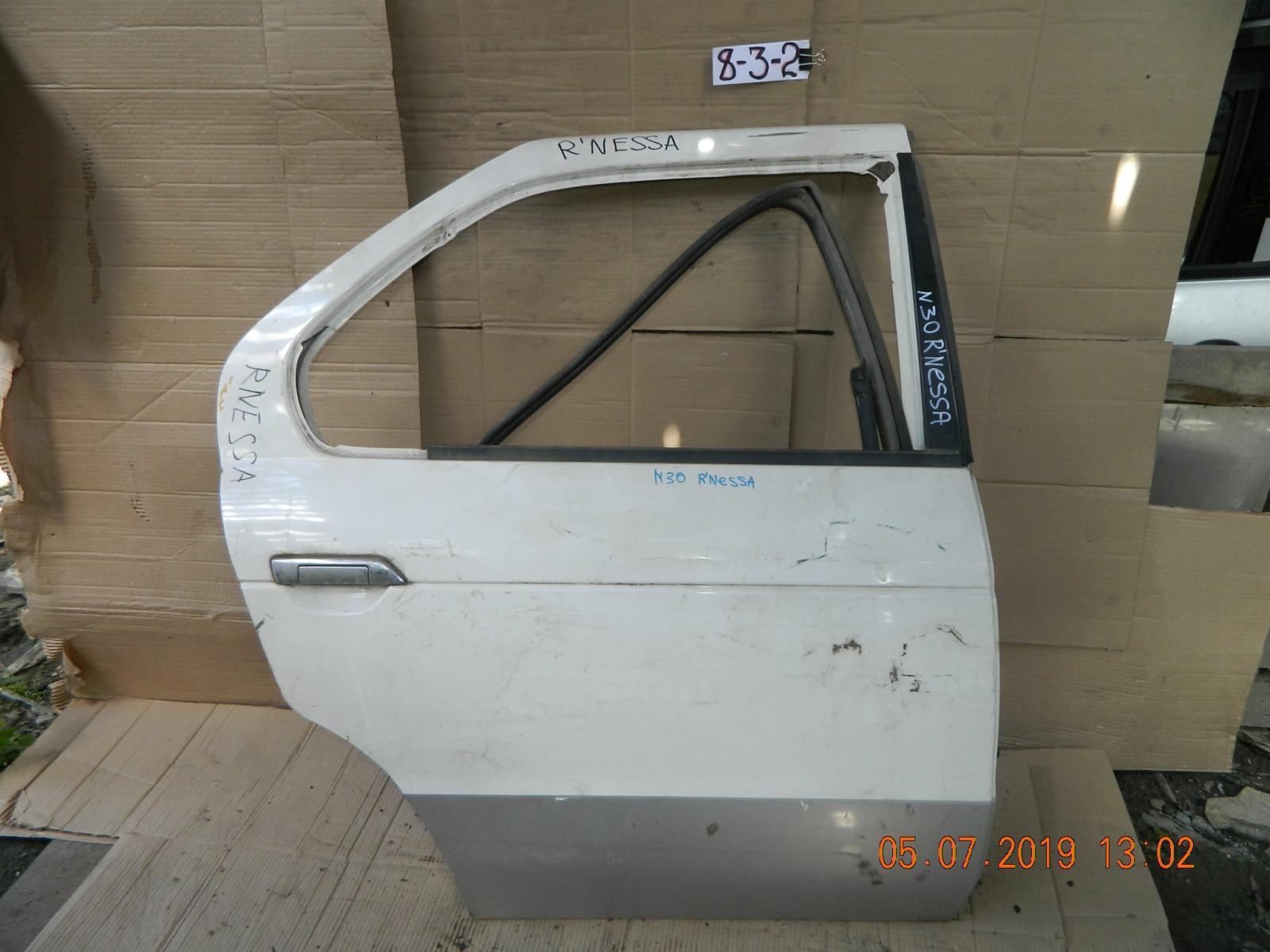 Дверь Nissan Rnessa задняя правая (б/у)