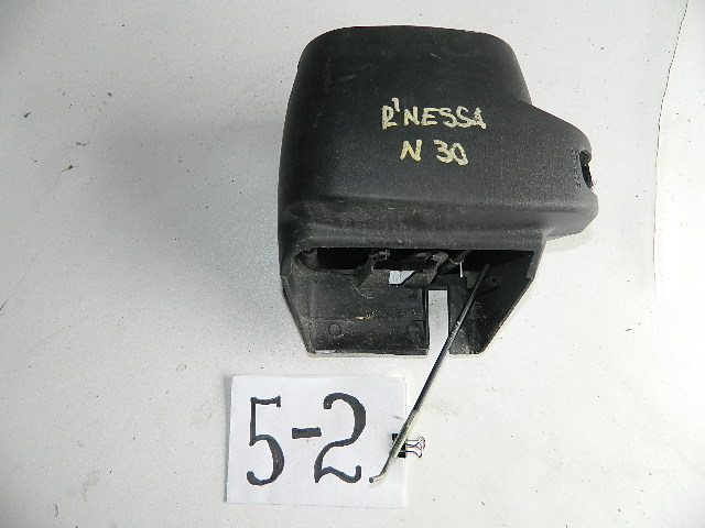Консоль рулевой колонки Nissan Rnessa (б/у)