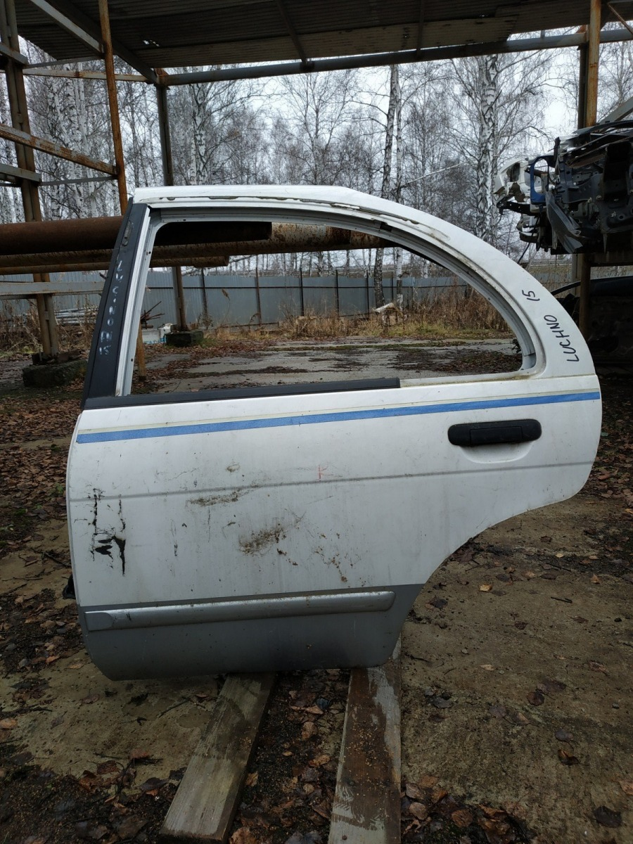 Дверь Nissan Pulsar EN15 задняя левая (б/у)