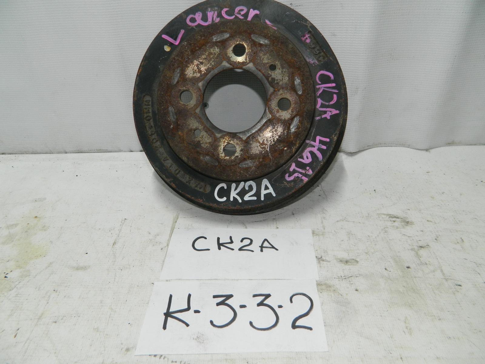 Тормозной барабан Mitsubishi Lancer Cedia CS2A задний (б/у)